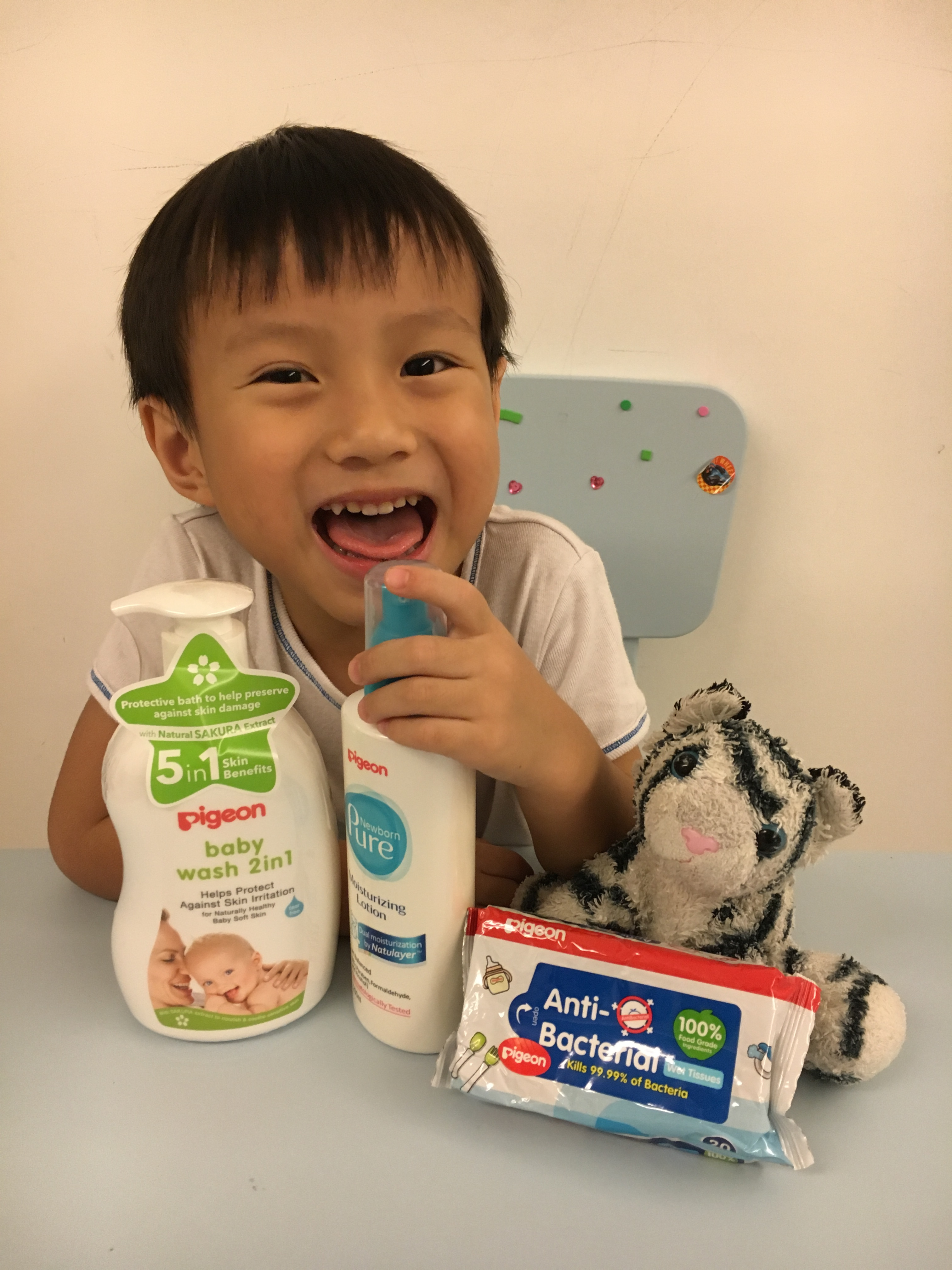 Didi and Meimei Talk about… Their Favourite Pigeon Products